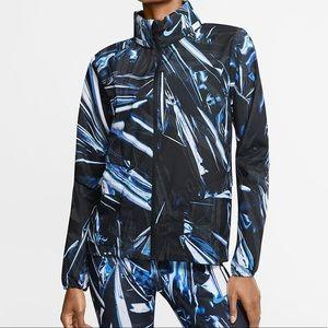 NWT Nike shield jacket windbreaker